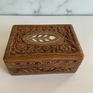 Vtg Wooden Box Wood Hand Carved Jewelry Trinket
